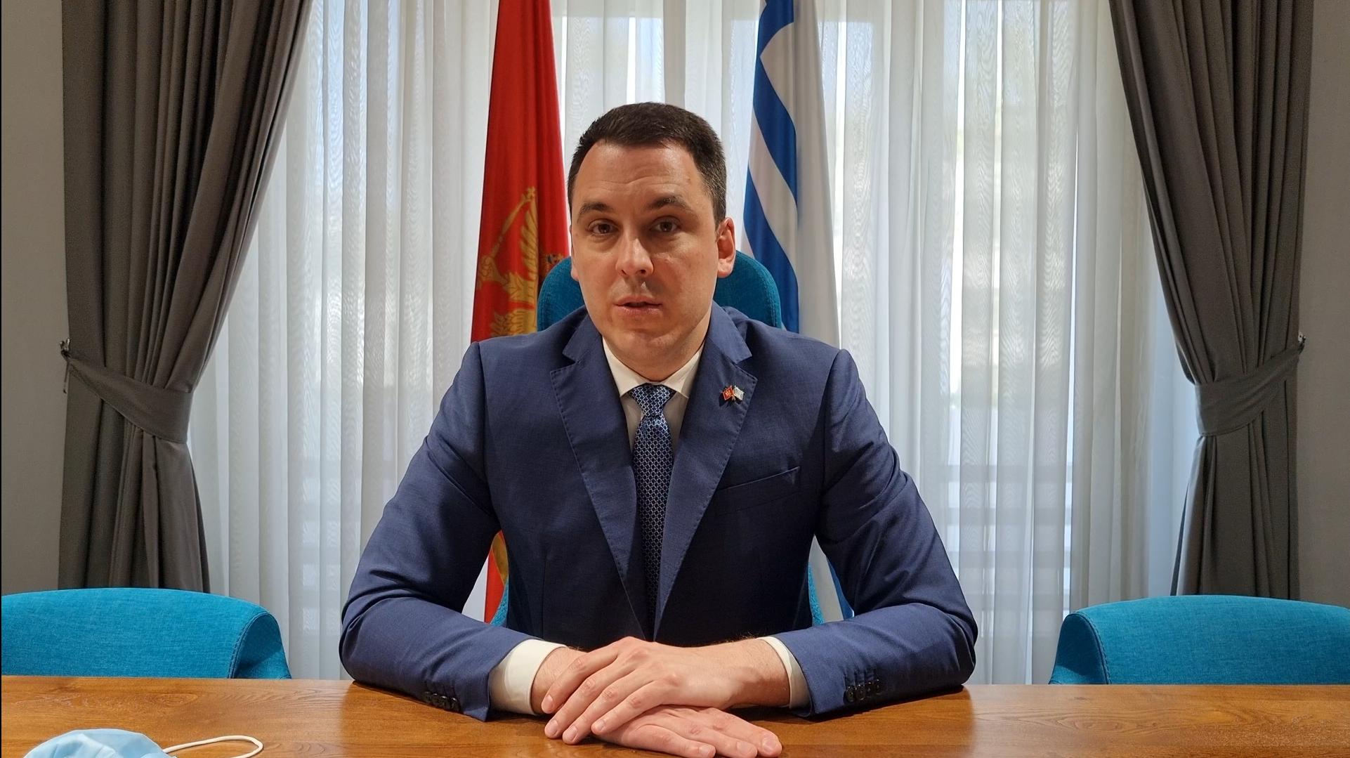 Međunarodni praznik rada: Vuković najavio povećanje plata službenicima Glavnog grada koji imaju najmanja primanja