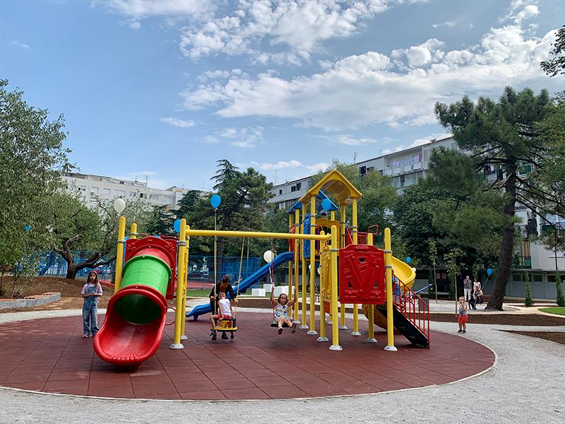 Novo dječije igralište i zelenilo za najmlađe sugrađane iz Moskovske ulice