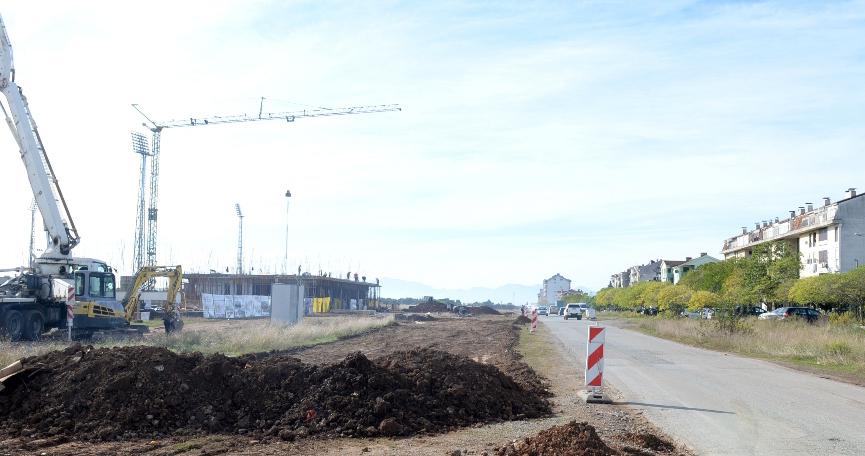 Obilazak radova na izgradnji Bulevara Veljka Vlahovića na Starom aerodromu